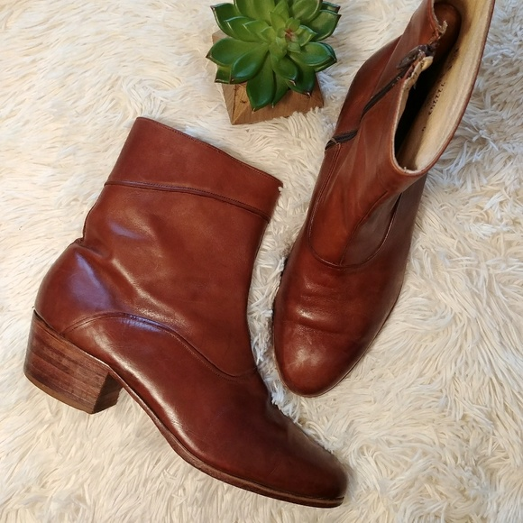 c8126a6653f9c Vintage Leather Florsheim Cuban Heel Ankle Boots